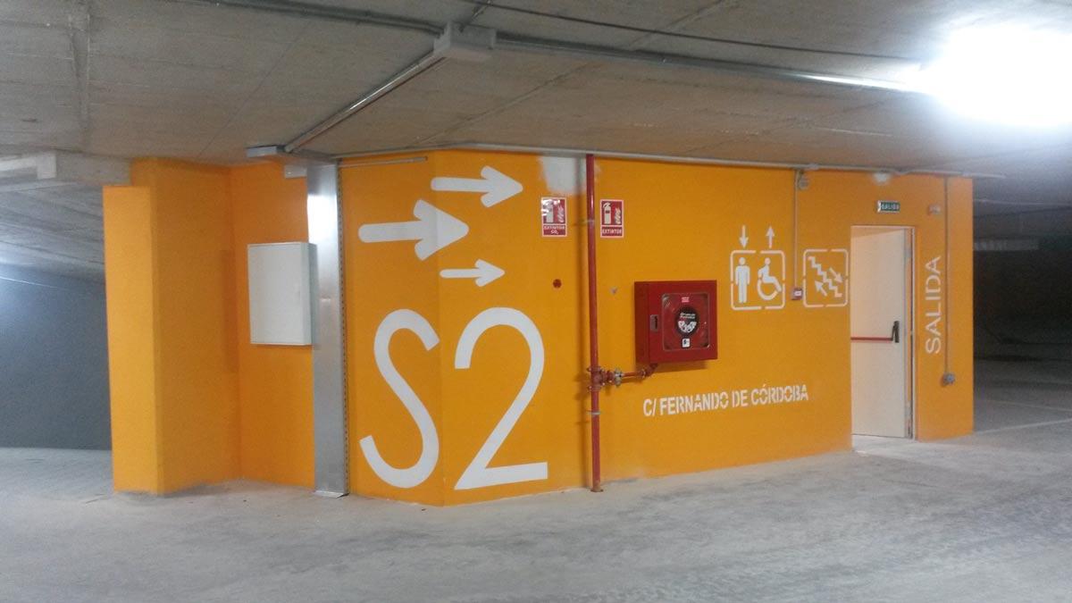 Pintura decorativa parking aparcamientos y garajes comunidades - Pinturas para garajes ...