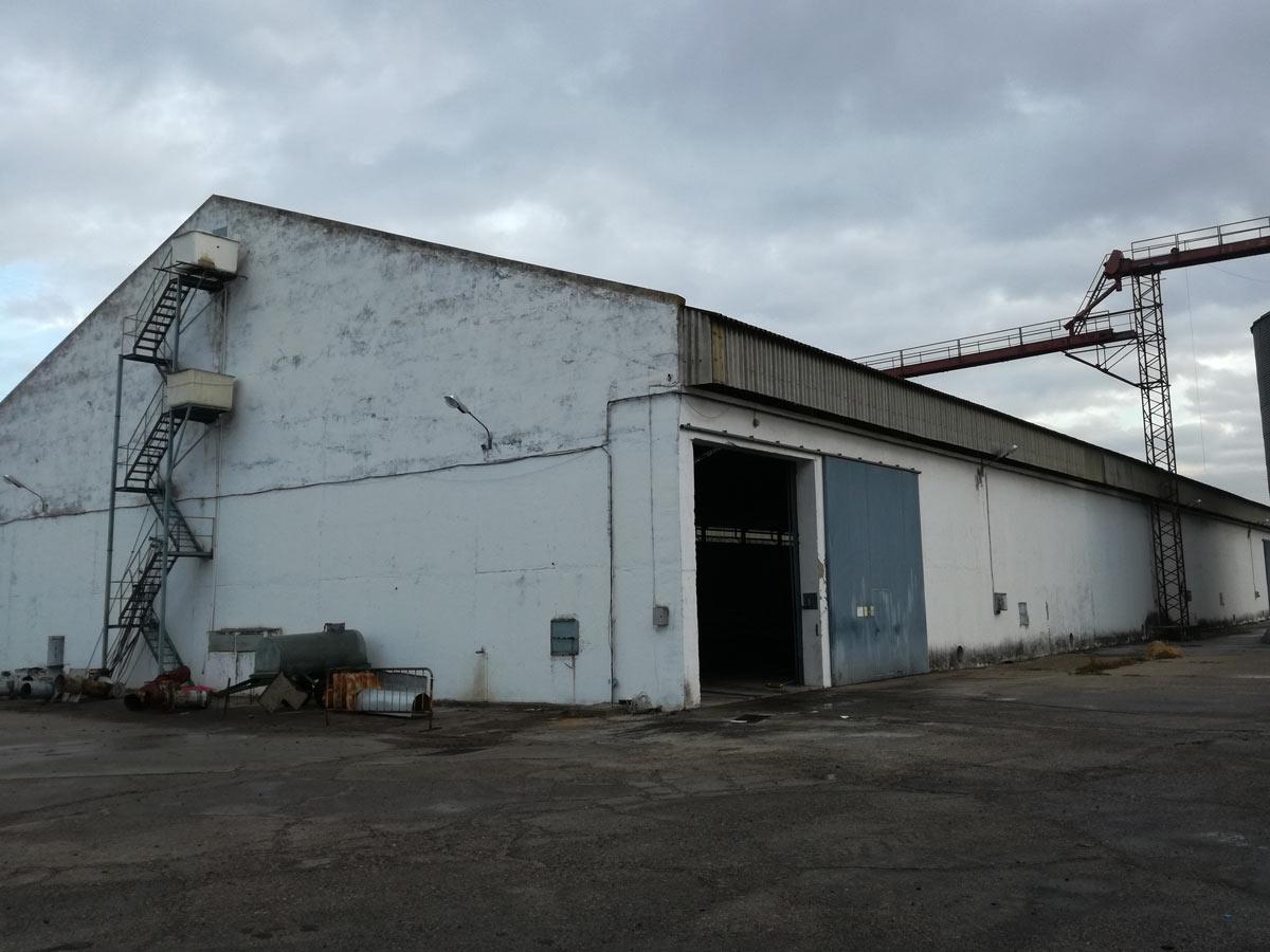 Reparación de naves industriales